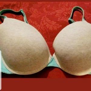 36 D Victoria's Secret bra